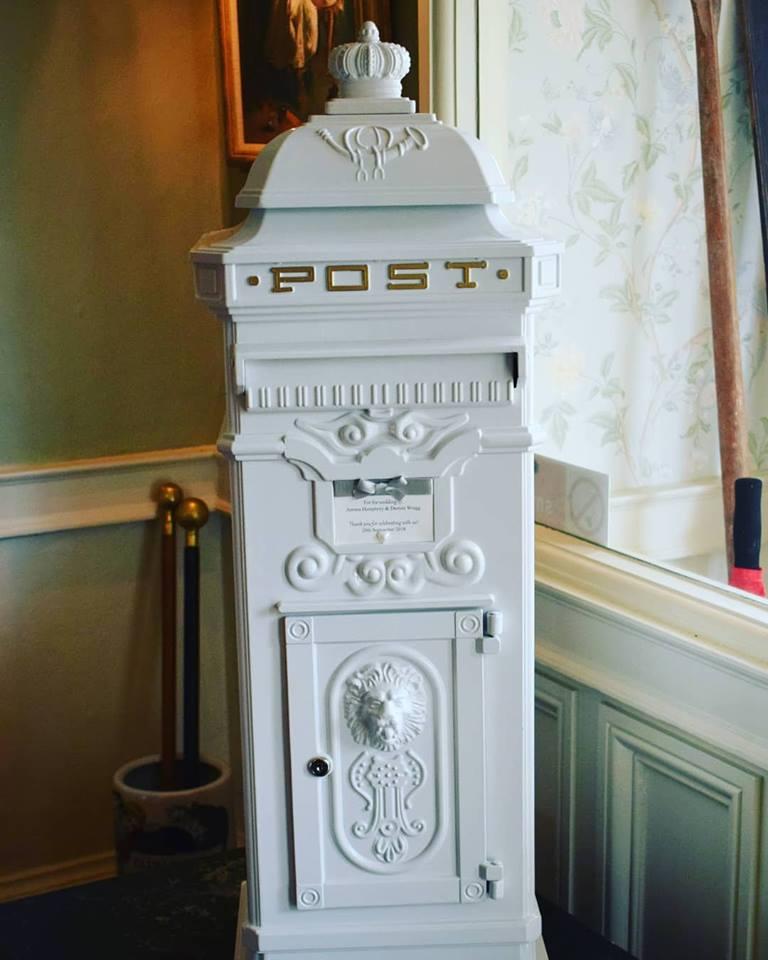 victorian post box.jpg