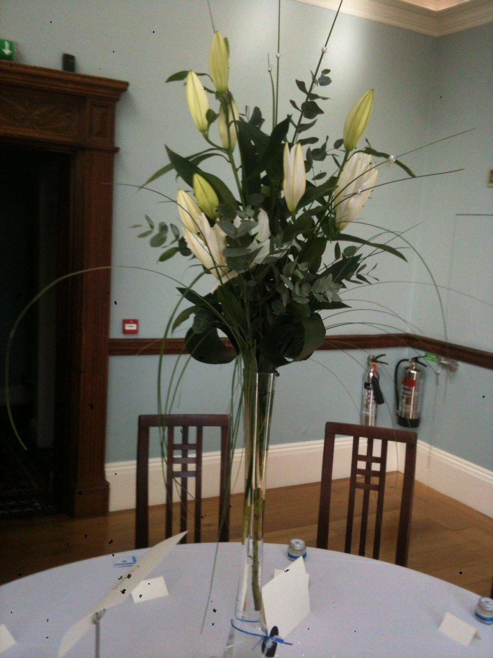 wedding-table-vase-arrangement.jpg