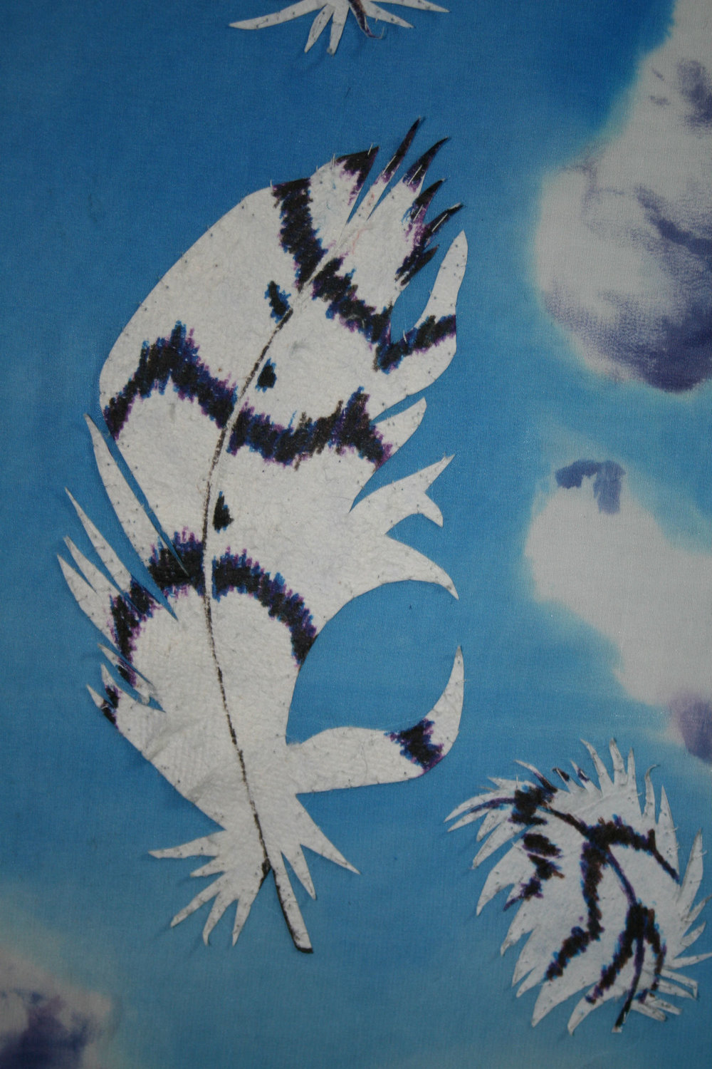 - detail-paper feather