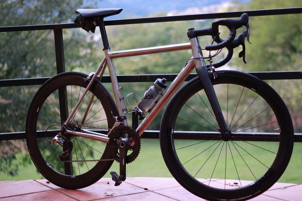 ACW ADAGIO - ROAD Titanium kit frame.  Titanium Custom frame (Dedacciai tubes) + Columbus Tapered Fork + Chris King Headset + ACW Seatclamp.  Price: 2.400€