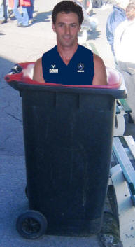 OLD  MELBURNIAN David Landrigan dropped in bin by former xavs teammates (MAY 2007)