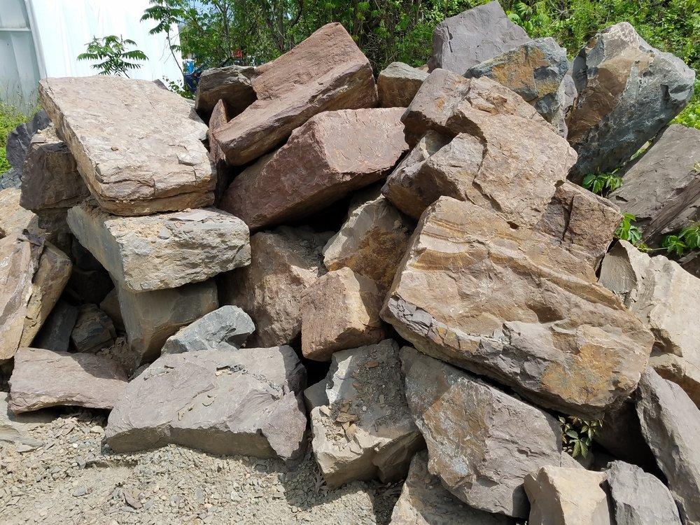 Argilite Boulders
