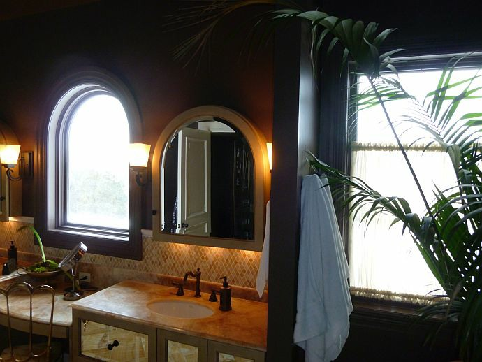 roman-arch-vanity-mirror-cabinet-for-bathroom-10.jpg