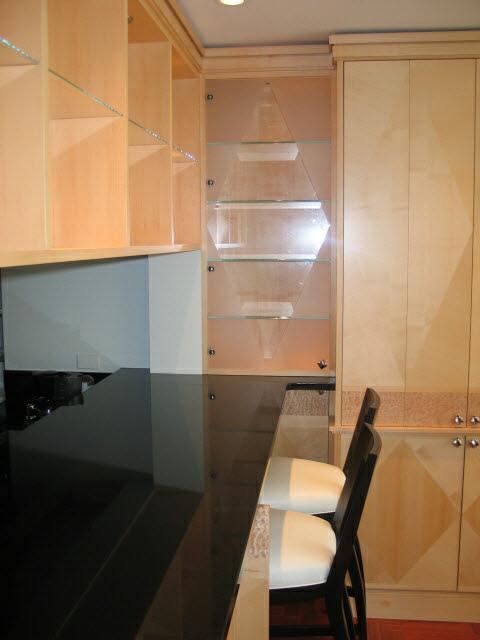 kitchen-with-diamond-pattern-quarter-sawn-hard-maple-veneer-4.jpg