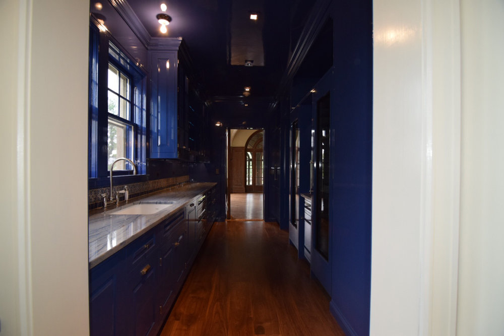 butlers-pantry-kitchen-face-frame-with-inset-raised-panel-hard-maple-doors-and-floor-to-ceiling-high-gloss-finish-in-blue.jpg