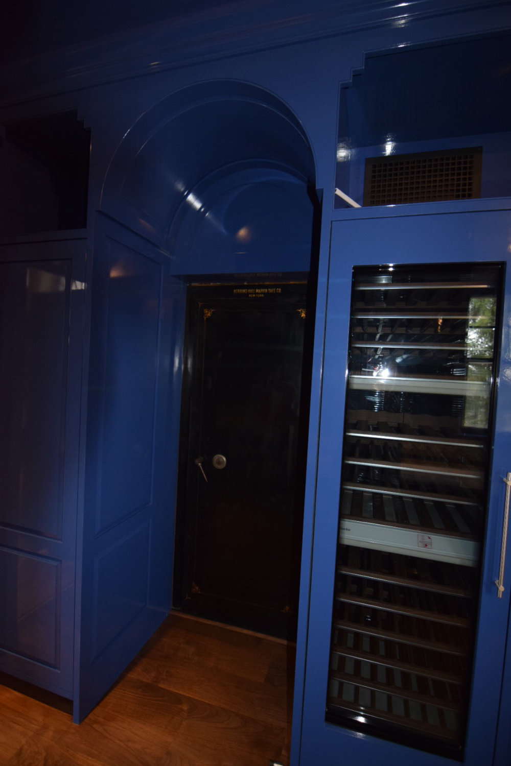 wine-refrigerator-in-blue-high-gloss-finish-butlers-pantry.jpg