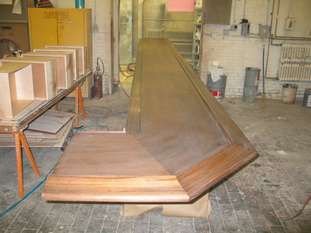custom_quarter-sawn_sapelle_hard_wood_bar_process.jpg