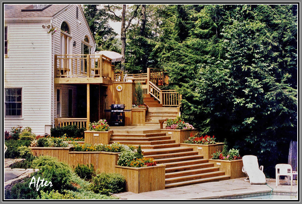 Multiple level deck by Artistic Outdoors