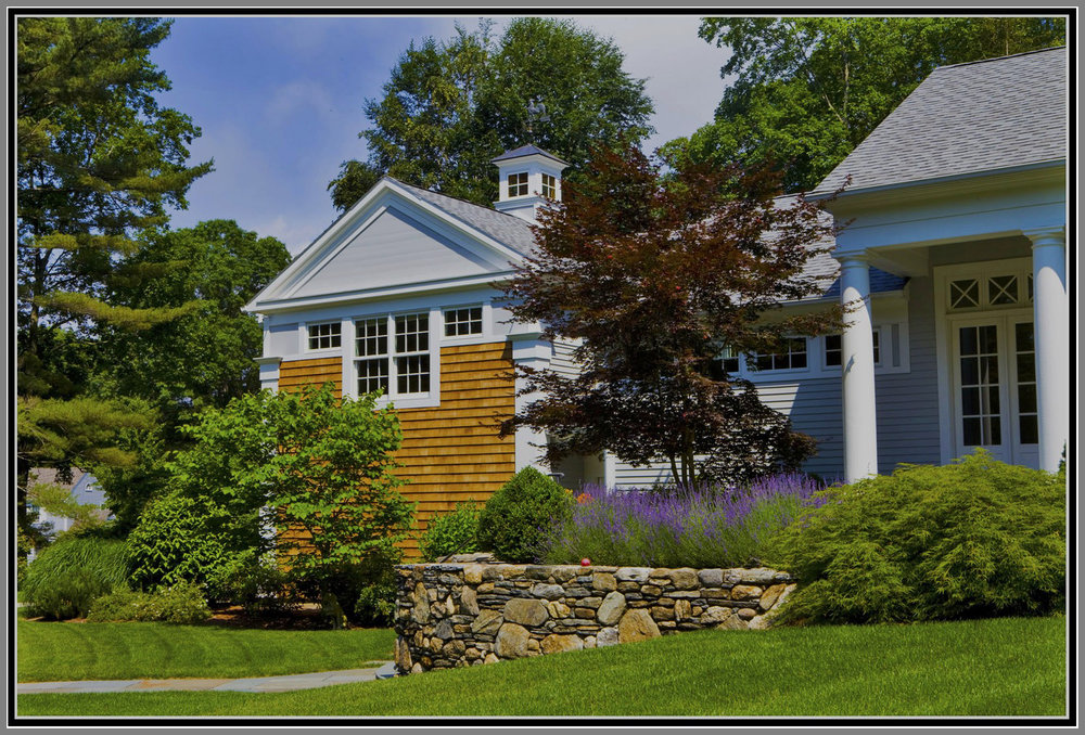 Front yard landscape- plantings and gardens by Artistic Outdoors
