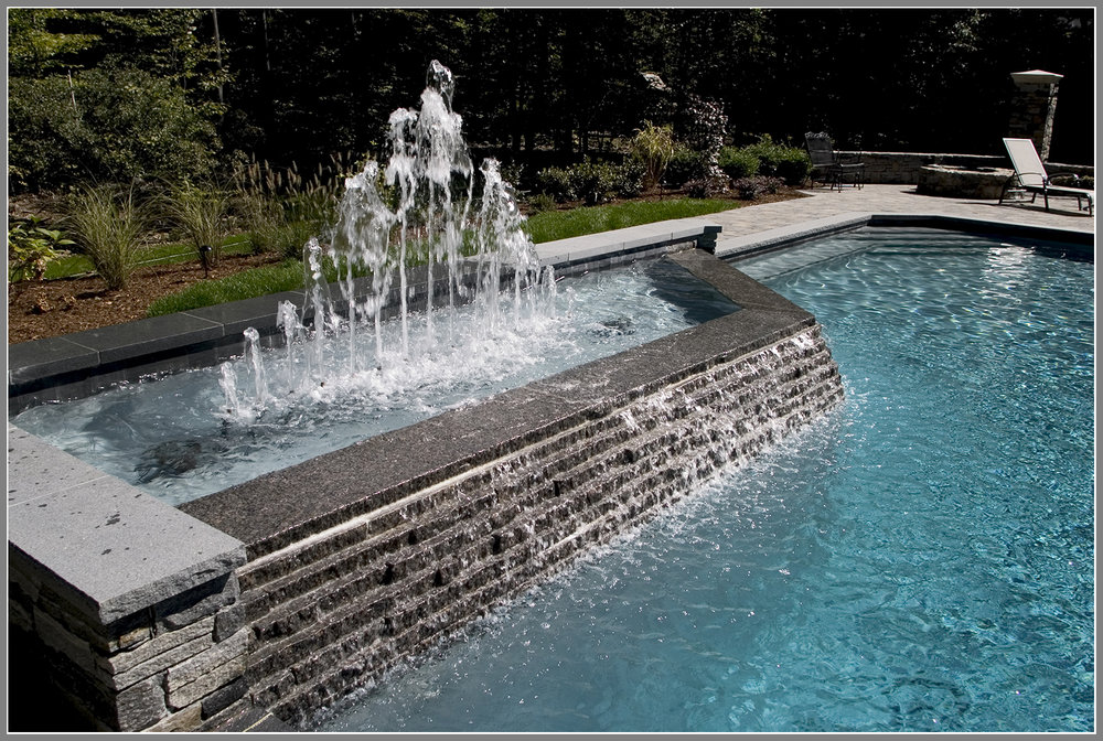 Water fountain for the pool
