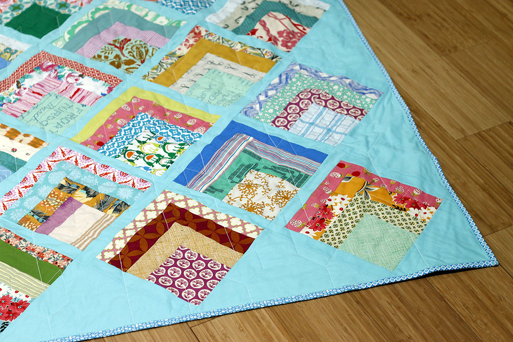 Lake Cabin scrap quilt — Stitched in Color : weekend quilt - Adamdwight.com