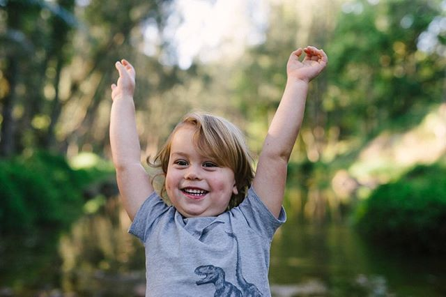 Yay it's the weekend!!!! #summerlilyphotography #goldcoastphotographer #familyphotographergoldcoast