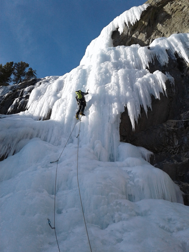 Rob sets up the next pitch. The sun was nice however it was starting to rain from those icicles above.