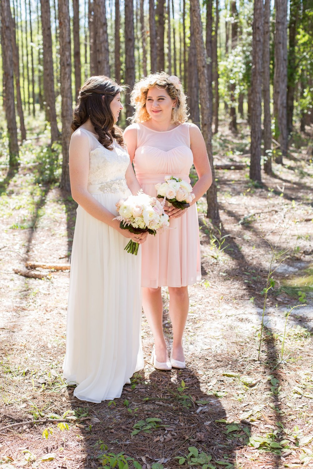 sisters_bride_maidofhonor_wedding_portraits_florida