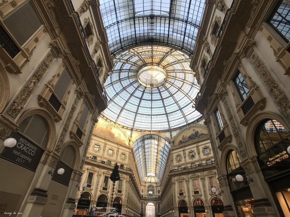 Famed Galleria Vittorio Emanuele with a semi-constructed Christmas tree