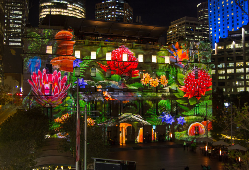 Customs_House,_Sydney_-_Vivid_Sydney_2015.jpg