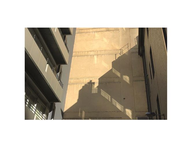City shadows 📸🌆👌