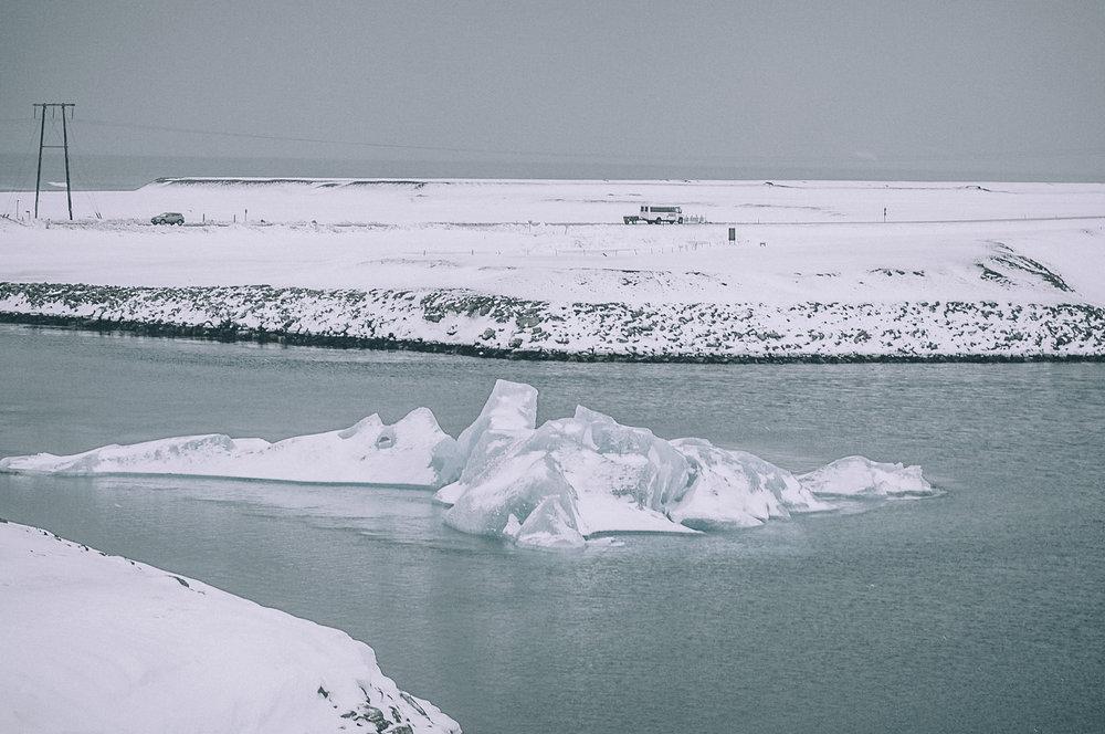 iceland snowy-3519-2.jpg