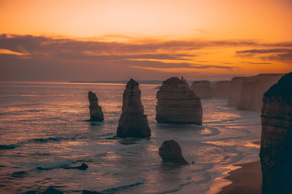 MELBOURNE, AU - 12 APOSTLES AS I DROVE ALONG THE GREAT OCEAN ROAD >>