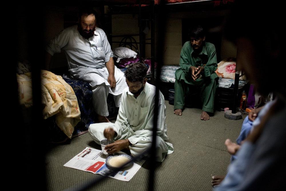 GAA Dubai Workers161.JPG
