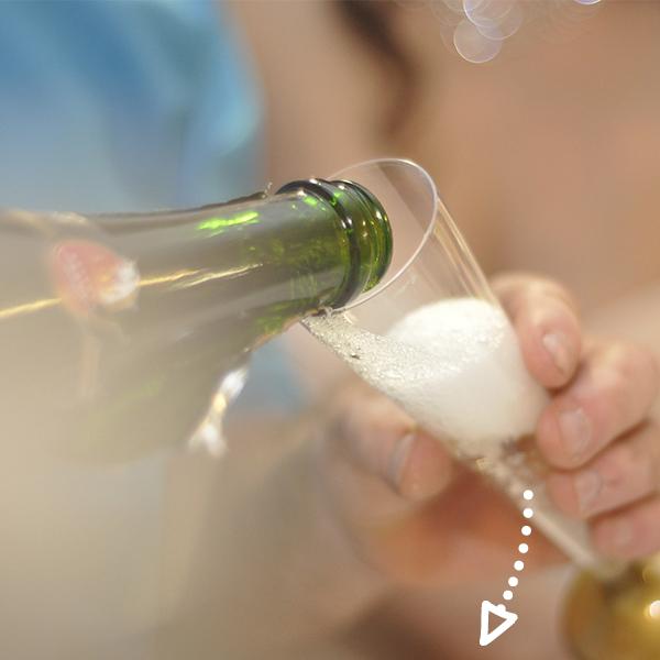 Bubbles & Bites - zaterdag 3 maartDit hele weekend zorgen wij voor een hapje en drankje & ontvang je een YAYA-kalender cadeau bij aankoop.