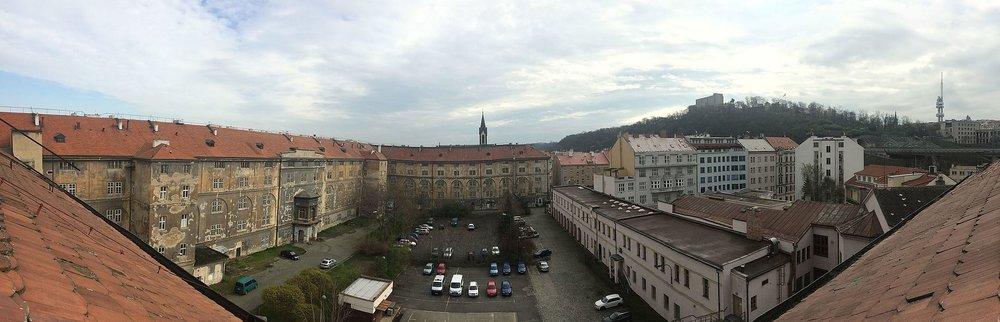 View of the Barracks courtyard via Petr Vilgus / Wikimedia