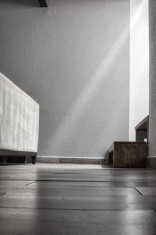 Detalle iluminación en casa habitación