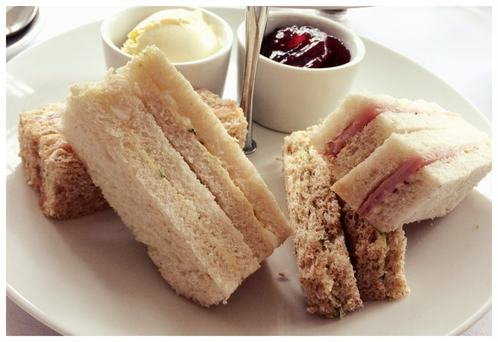 afternoon tea review, cromwell hotel stevenage hertfordshire