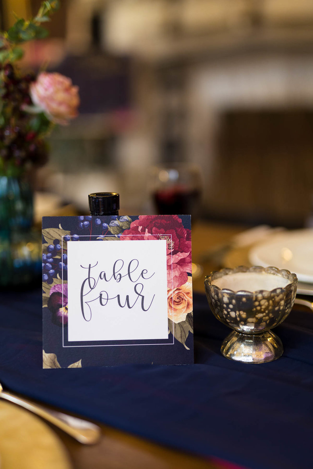 red berry and navy table name ideas sarah ardrey designs hertfordshire