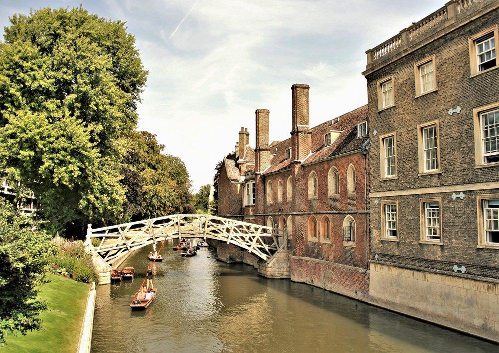 Cambridge Weddings Date Nights Punting