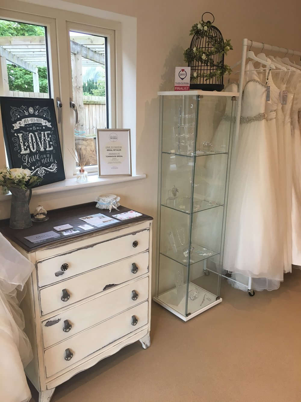 townhouse bridal wedding dress bedfordshire