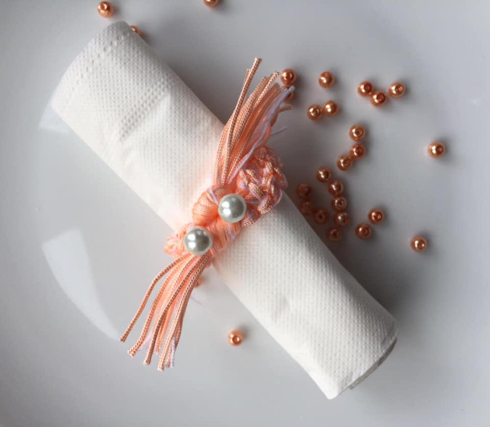 Wedding Coral Pantone 2019 trend