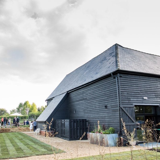 the farmhouse at redcoats weddings hertfordshire