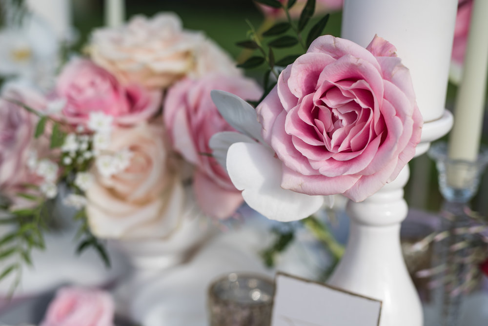 Luxe floral wedding inspiration dusky pink and violet\