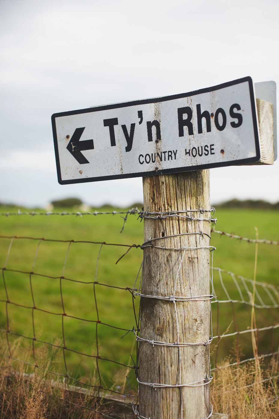 Stacey Van Berkel Photograpjhy I Ty'n Rhos sign I Wales