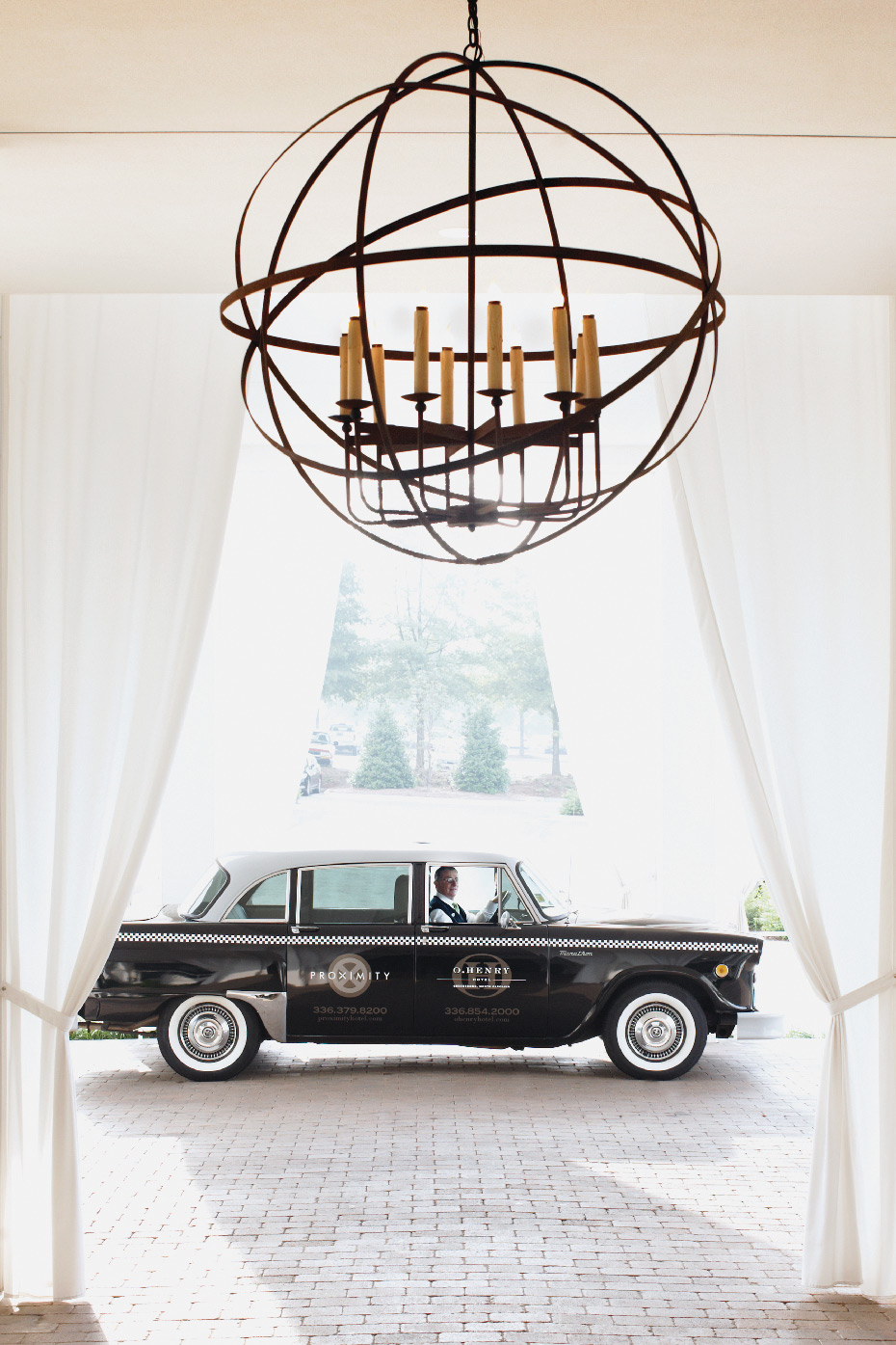 Stacey Van Berkel Photography I Black London cab at the Proximity Hotel I Greensboro, North Carolina
