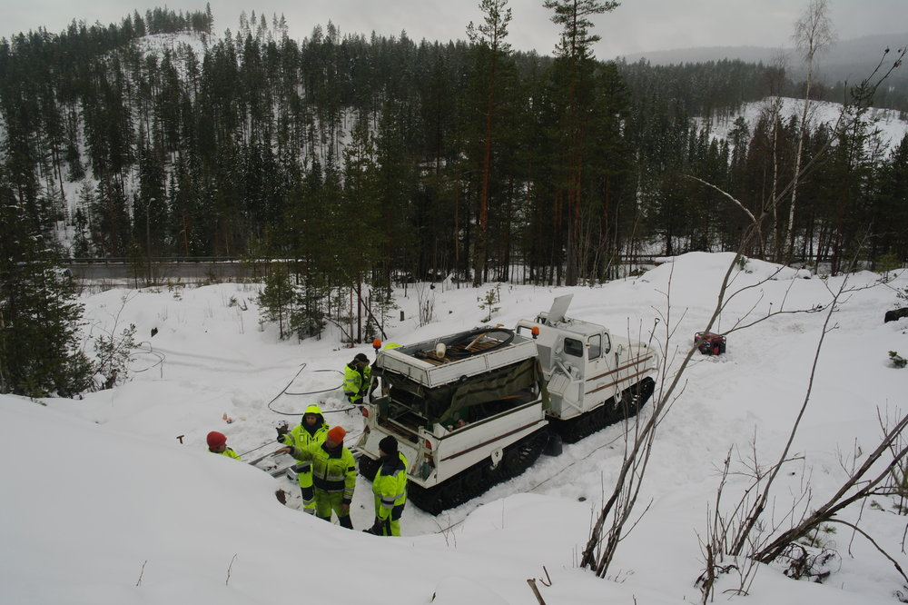 SAM_9292 WIRELINE LOGGING SNOWMOBILE MOANE KONGSBERG 2015.JPG