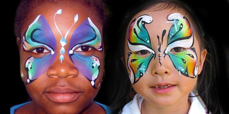 Maquillage de fantaisie pinceau et éponge 3