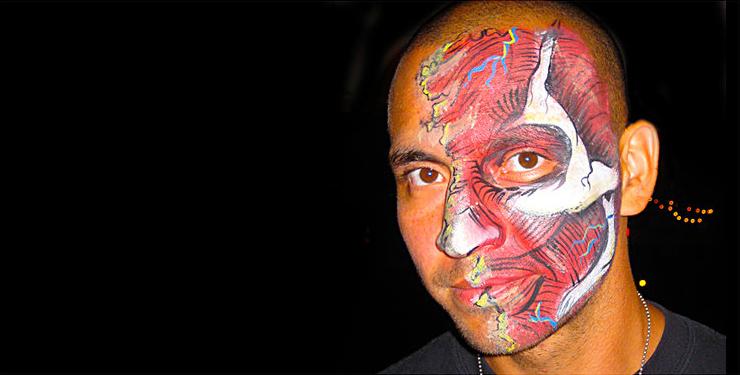 Maquillage de fantaisie pinceau et éponge 6