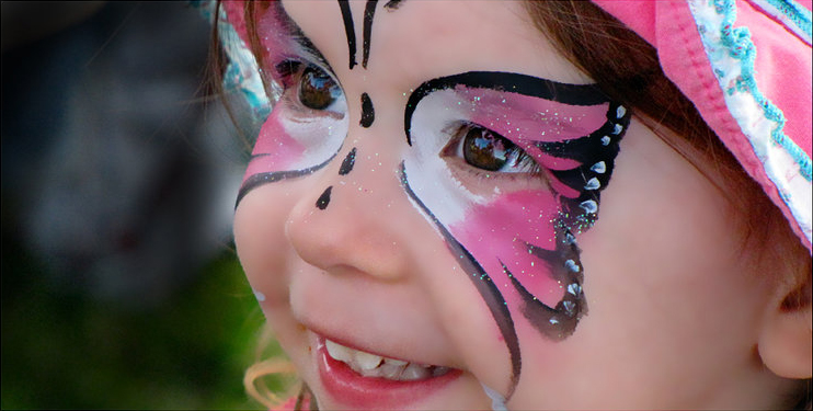 Maquillage de fantaisie pinceau et éponge 8