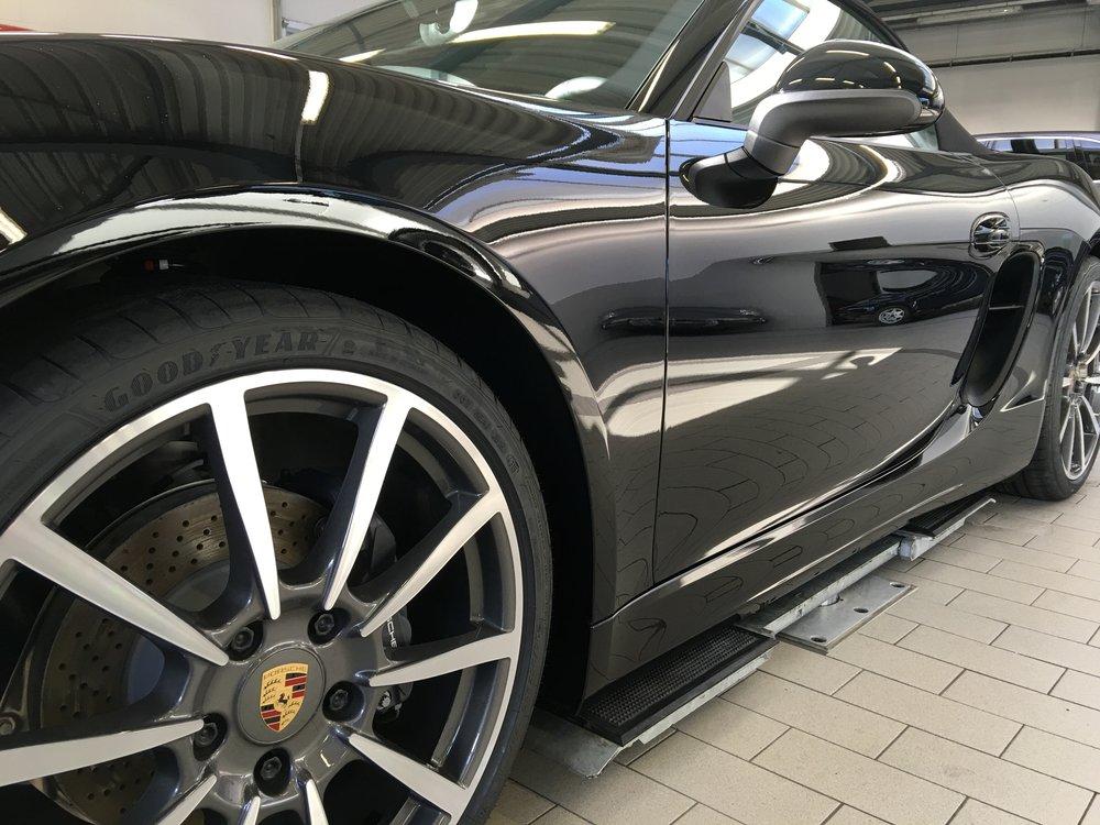Porsche Boxter - Full  GYEON  Durabead