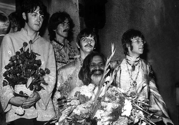 maharishi and the beatles.jpg