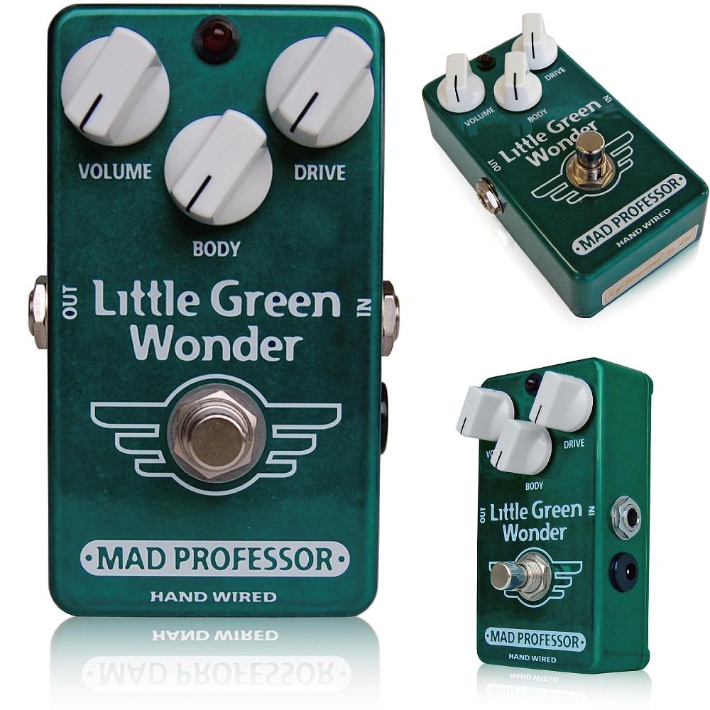"""Mad Professor /Little Green Wonder マッドプロフェッサー /リトルグリーンワンダー まさにアンプサウンド!! 高いヘッドルームと、ローミッドが強調されたオーバードライブ フィンランドで完全手作業による高品質なペダル。このペダルは特にクラシカルなロック、ブルースサウンドにマッチするように設計されています。  コンプレッション感を抑え、高いヘッドルームを持ち、高出力にも対応したオーバードライブです。ローミッドを中心に、高域まで全ての周波数レンジの音を調整する「BODY」ノブを搭載しました。 Little Green Wonderはスタックアンプが奏でるオーバードライブのサウンドを目指して設計されたオーバードライブで、ペダルセッティングのどこにおいてもその力を十分に発揮できることでしょう。 これまでのペダルはアンプとの相性などを考えて使わなければなりませんでしたが、このペダルはどんなアンプとも絶妙にマッチすることができます。 Little Green Wonderは単体使用においても、まるで音の壁を作るような分厚いサウンドを作りだします。このようなタイプのペダルは、一般的にはハムバッカーと組み合わせるとあまり満足のいく音を作ることは出来ませんでしたが、このペダルは低域をロスすることなく、分離感のいいサウンドを作り出すことが出来ます。 BODYコントロールは、センターポジションで中域が強調されますが、右に回せばトレブルブースターのようなサウンドも作ることが出来ます。左に回せばローミッドを強調し、スムーズなタイプの歪みを導き出します。 Little Green Wonderは、軽く歪ませたアンプをプッシュすることはもちろん、ファズとアンプの相性を調整するフィルターとして、そして正統派オーバードライブとして使うことができるペダルです。 BJFによる注釈 """"LGWはいわゆるTSスタイルのペダル、という括りに入ると思います。しかし、ほかのTS系ペダルとはまったく違った音、魅力を持っています。 大きな違いのひとつで思いつくのは、追い求めているサウンドの方向があげられると思います。われわれの作り上げたLGWはマーシャルアンプで作り上げるよりナチュラルなサウンドを作り上げることを念頭に置き作り上げました。ぜひみなさんも本当のサウンドを体感してみてください。"""" Electrical specifications Z in at 1kHz: app. 500K Pout 1kHz in 50k: app. 0uW70 RMS Max load: app. 10K Max output: 3V peak Max current consumption: 5mA5 at 10V Upper freq. -3dB: app. 10KHz Max gain at 1KHz: app. 58 dB Max input signal: 3V peak Supply Voltage range: 7V5-18V Power requirements 6F22 9V battery or DC eliminator 2,1 mm plug center negative and positive sleeve. 種類:オーバードライブ(ギター用) アダプター:9Vセンターマイナス 電池駆動:9V電池 コントロール:VOLUME、DRIVE、BODY"""