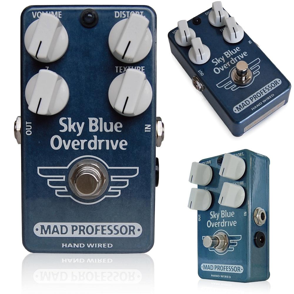 Mad Professor / SKy Blue Overdrive マッドプロフェッサー /スカイブルーオーバードライブ ここまでこだわることに、意味がある SKY BLUE OVERDRIVEは、アンプの歪みをプッシュし、またクリーントーンには軽い歪みを加えるペダルとしてデザインされたユニークな4ノブペダルです。特にテクスチャノブ、Zノブによって音のフィールとダイナミクスを調整することができます。  テクスチャノブは、入力に対してどのような歪み方をするか、を調整することができ、全周波数帯域をカバーす るイコライザとしても働きます。主にミッドレンジの出方と歪みにかかるコンプレッションを可変させるもので、反時計回りにまわすと飽和状態による若干のひ ずみ、時計回りで若干のトーンブーストとなります。 Zノブは、SKY BLUE OVERDRIVEに接続している機材や状況に応じて設定します。ギターのヴォリュームコントロールやトーンコントロールを動かしたときの反応性、また ピックアップの倍音の出方を調整します。他のペダルを併用する場合や、アクティブピックアップのギターなどを使う場合など、さまざまな状況に応じて反応性 を簡単に調整することができます。 ヴォリュームノブは出力音量を、ディストートノブはオーバードライブの歪み量を調整します。 Supply voltage range: 7,5 to 18VDC Current consumption at 9VDC: 5 mA Input inpedance: 227K TO 10kOhm's (adjustable with the Z-control) Output impedance: 251K Ohm's Complete bypass (true bypass)