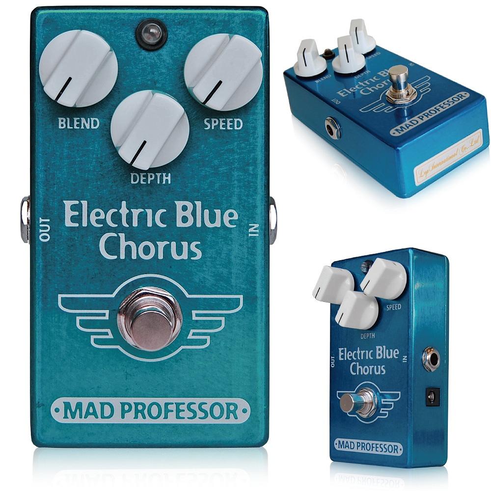 Mad Professor / Electric Blue Chorus マッドプロフェッサー /エレクトリックブルーコーラス Electric Blue Chorusはコーラスに良いイメージを持っていない人にこそ使って貰いたいコーラスペダルです。 コーラスエフェクトはインプットから入力された信号と揺れやディレイといったモジュレーション効果をミックスして、何人ものプレイヤーが同じパートを弾いているかのような厚みのあるサウンドを作り出すものです。 伝統的なコーラスペダルはその設計から、どうしても金属的、無機質なサウンドになってしまいます。 Electric Blue Chorusは、より心地良く柔らかな揺れとサウンドを作り出します。Blendノブが搭載され、原音とエフェクト音の割合をコントロールすることによりマイルドなコーラスからワイルドなモジュレーションまで様々に変化させることができます。 より激しい揺れに設定しても音楽的な感覚を失わず、一方、とても穏やかでサウンドにかすかな広がりと深みを加えるような効果を作り出すことができます。 コーラスペダルの悩みとして、高音域のロスやノイズ、無機質なトーンがあります。特に歪み系ペダルと繋いだ時に顕著になります。 Electric Blue Chorusは限りなく静かで透明感のあるサウンドを目指しました。クリーンサウンドではそのナチュラルなサウンドをひき立て、歪んだサウンドでは元の音を変えず無用なノイズも生み出しません。歪み系ペダルの前でも後ろでも好きな場所に繋げることが出来ます。 Electrical specifications: Input impedance: 400K Ohm's Recommended output load: 2K Ohm's Current consumption: @ 9V DC approximately 40mA DC supply voltage range: 9- 12V True bypass