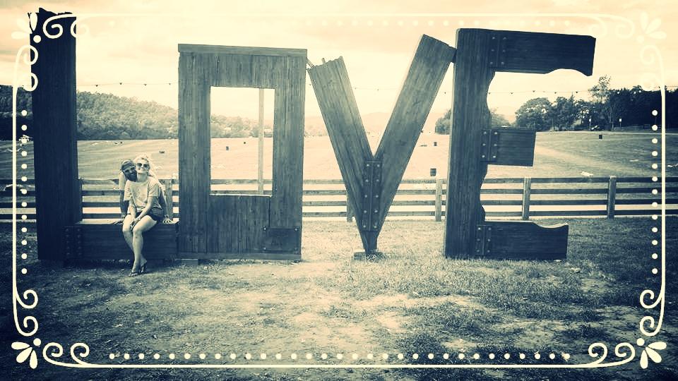 LOVEUS.jpg