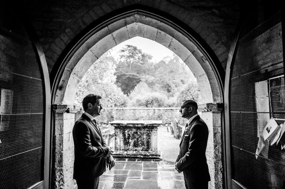 Bibury-Court-Wedding-Photos-0004.jpg