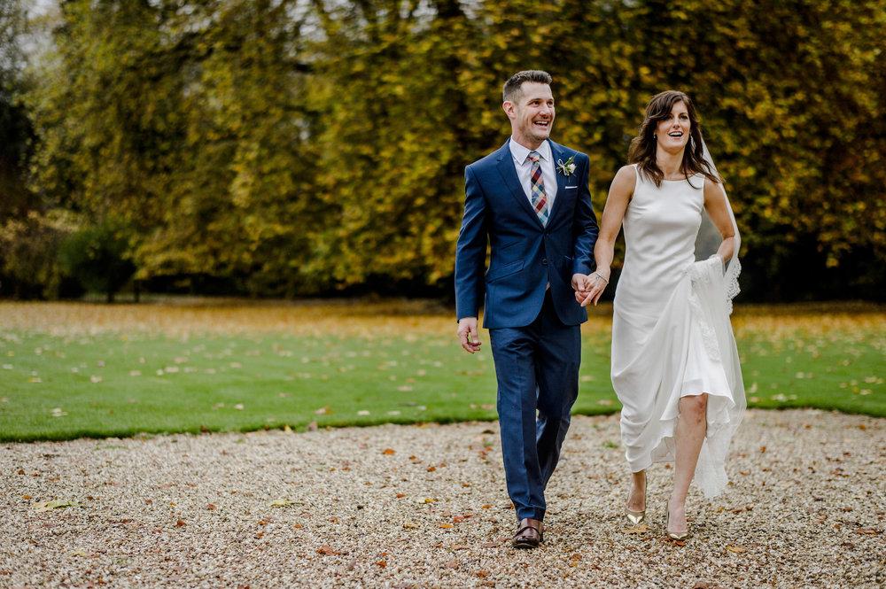 Bibury-Court-Wedding-Photos-0011.jpg