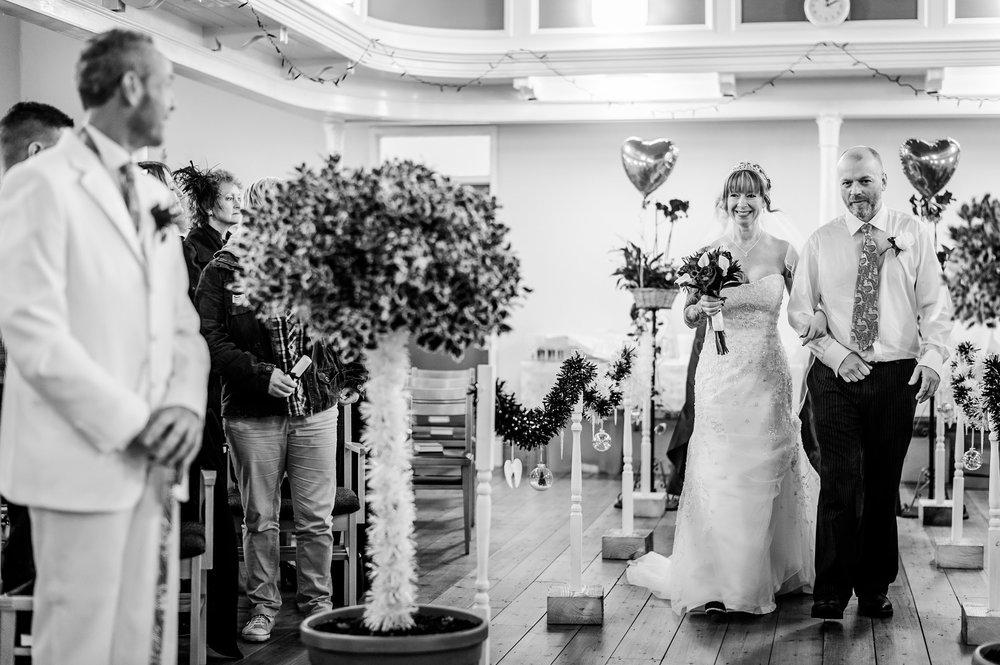 Stroud-Wedding-Photographer-0008.jpg