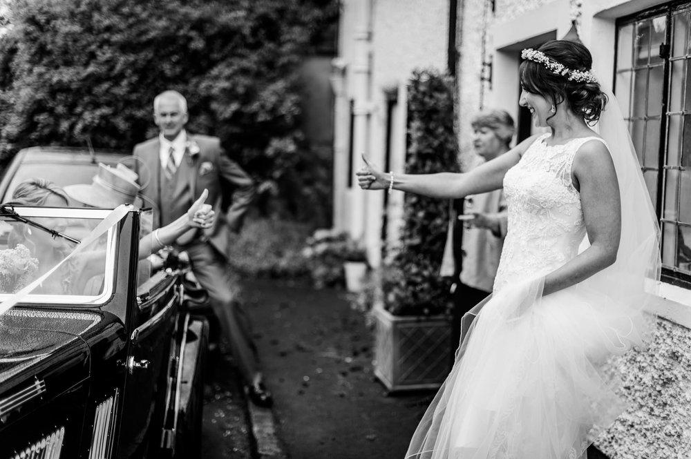 Notley Tythe Barn Reportage Wedding Photos 007.jpg